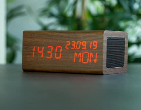 réveil avec haut-parleur bluetooth avenwood bois